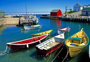 halls_harbour_nova_scotia_sc0512