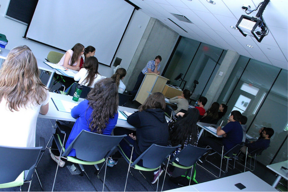 CultureWorks students develop their comprehension skills for university success